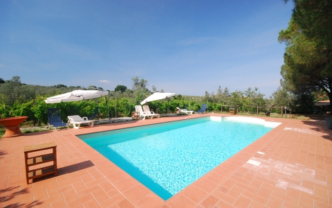 Holiday apartment with pool COLIBERTO