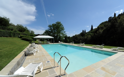 Holiday apartment with pool FRONTIERA 1