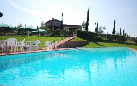 Holiday apartment with pool SAN REGOLO 1