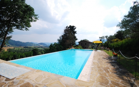 Holiday villa with pool CASALE PERUGINO