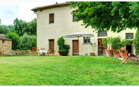 Holiday villa in tuscany CASALE QUERCIOLA