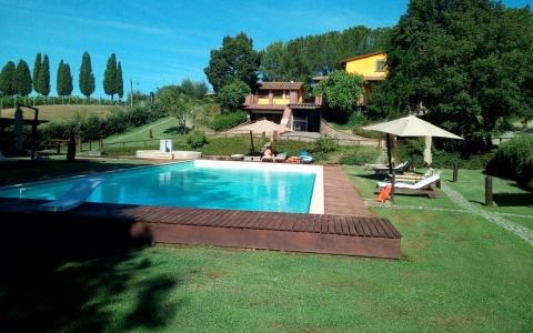 Holiday home with pool and tennis court LOGGIATO