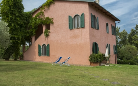 tuscany vacation rental casale bosconi montaione pool tennis pet friendly family reunion