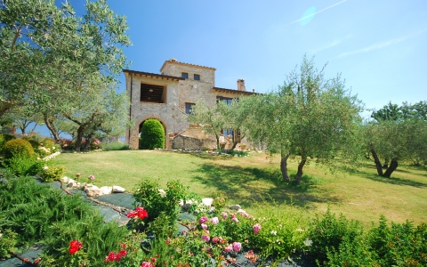 Moaiolo spas vacation villa umbria holidays perugia todi