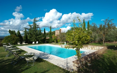 Holiday villa with pool VILLA FORNACE