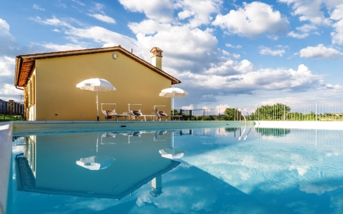 Holiday apartment with pool VECCHIA CANTINA