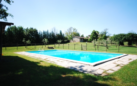 Holiday apartment with pool ROSELLINA