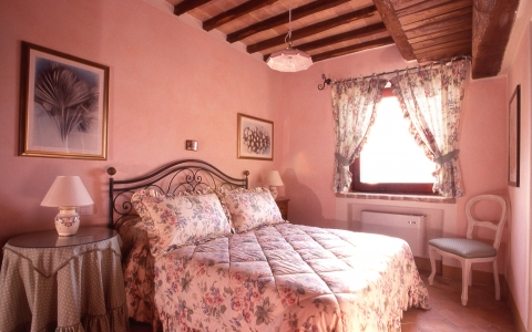 umbria holiday villa with pool moraiolo