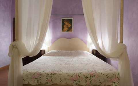 villa le torri rental vacation san gimignano casale vigneti countryside view siena region double room