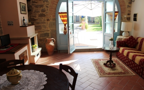 casale giara cortona tuscany holiday apartments